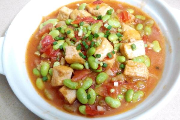 西红柿豆腐炒毛豆的做法