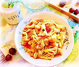 #我们约饭吧#素食也美味,酸甜可口-番茄炒菜花的做法