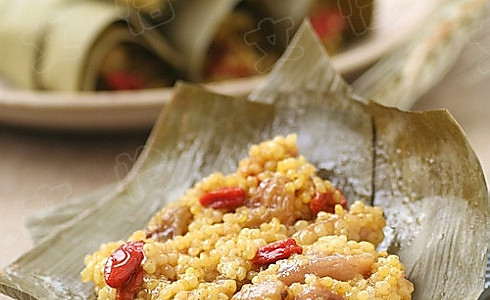 粽香黄米鸡的做法