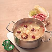红妆素锅(高汤枸杞锅)