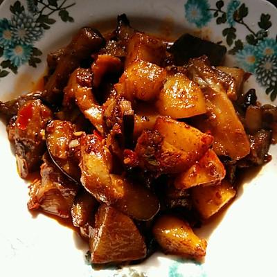 茄子烧土豆的做法 步骤4