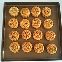 广式莲蓉蛋黄月饼的做法图解20