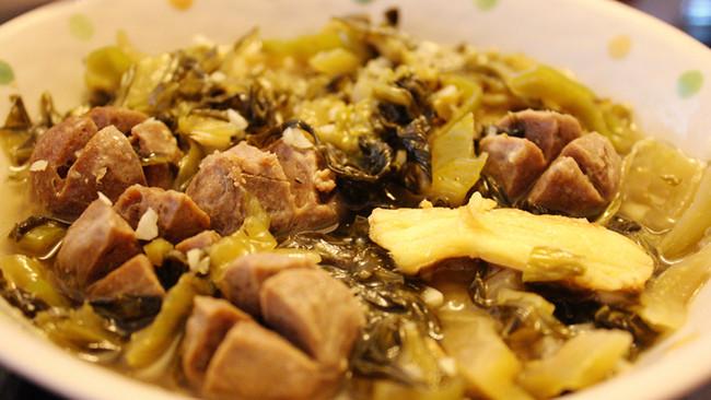 酸菜牛肉丸的做法