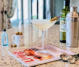 经典马提尼酒: Dirty Martini#洗手作羹汤#的做法