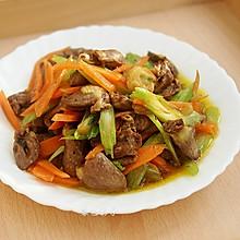 #硬核菜谱制作人#杂蔬炒鸡心