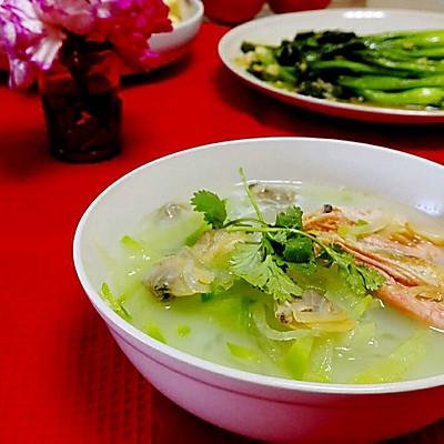 青萝卜丝海鲜汤