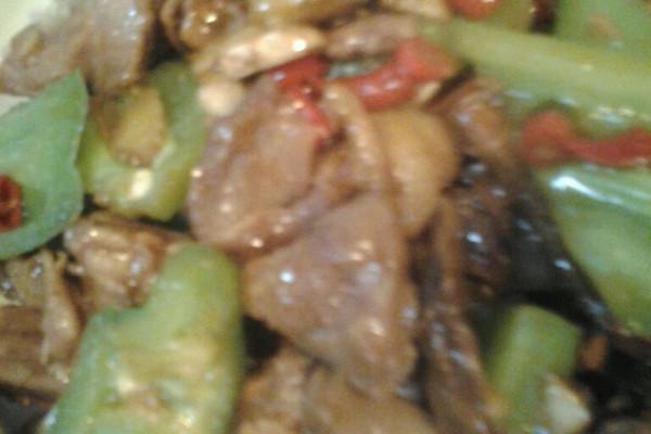 草茹炒鸭肉(微辣)的做法