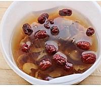 桂圆红枣银耳汤的做法图解2