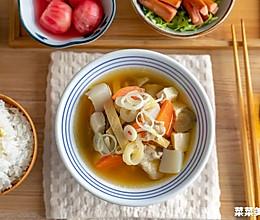 猪肉味噌汤 治愈落胃的做法