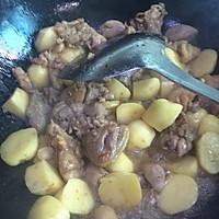 土豆炖鸡块的做法图解5