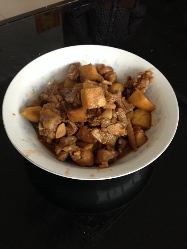 酱香土豆炖鸡块的做法
