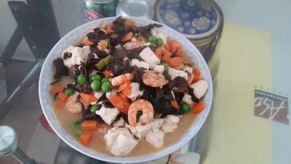 虾仁五彩豆腐羹的做法