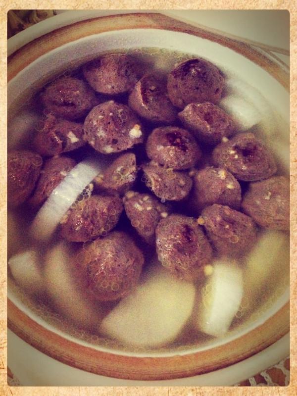 清甜的萝卜 牛肉丸汤的做法
