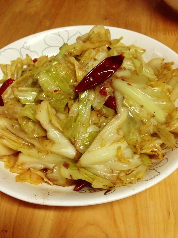 清新小菜 炝炒莲花白(炝炒圆白菜)的做法