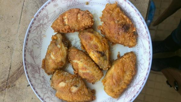 香酥炸鸡翅的做法