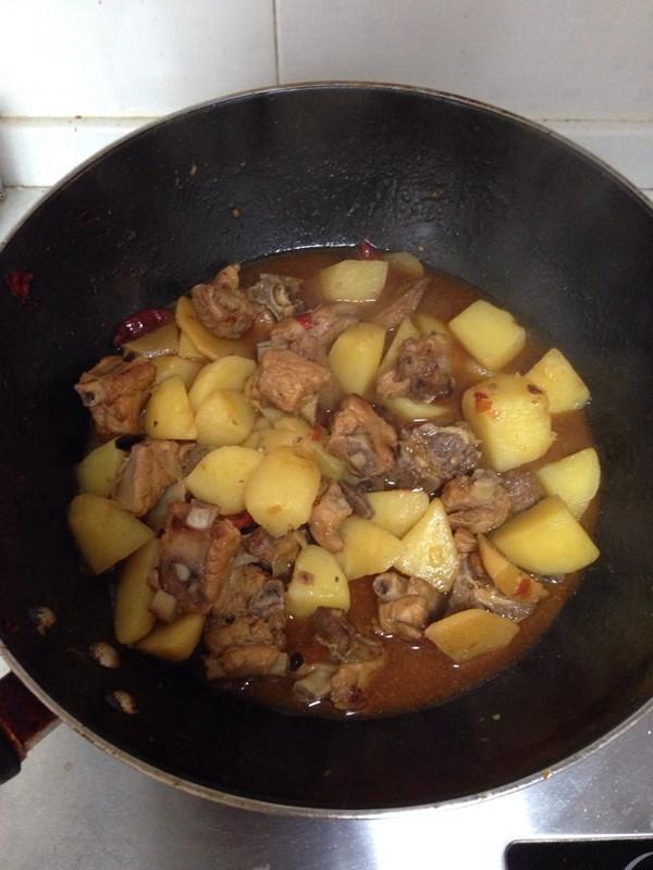 川香土豆烧排骨(健康无酱油)的做法