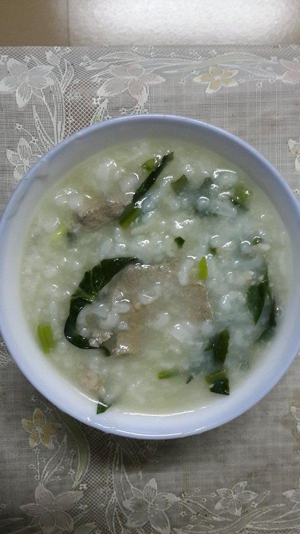 猪肝菠菜粥的做法
