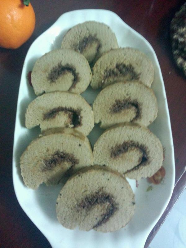 肉松蛋糕卷。平凡美味的做法