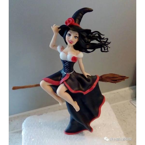 """【美食魔法】有魔性的大红裙马芬杯子蛋糕#享""""美""""味#的做法"""