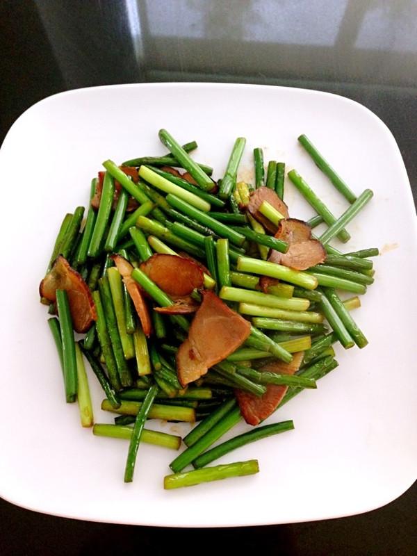 蒜薹腊肉的做法