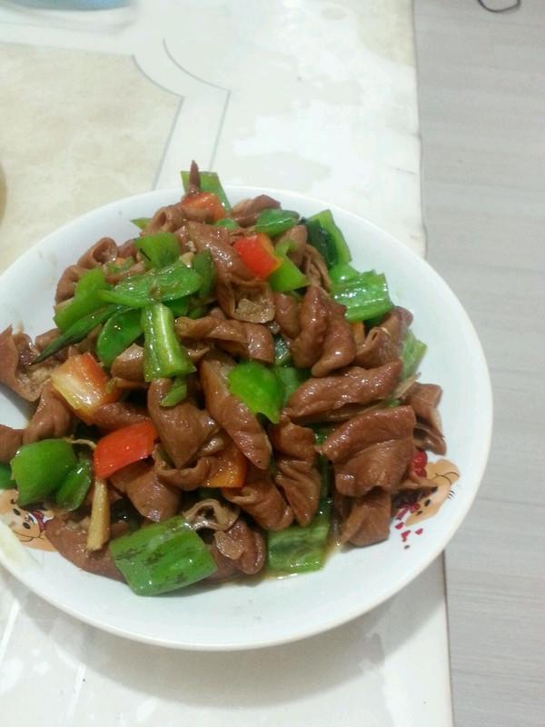红烧青椒肥肠的做法