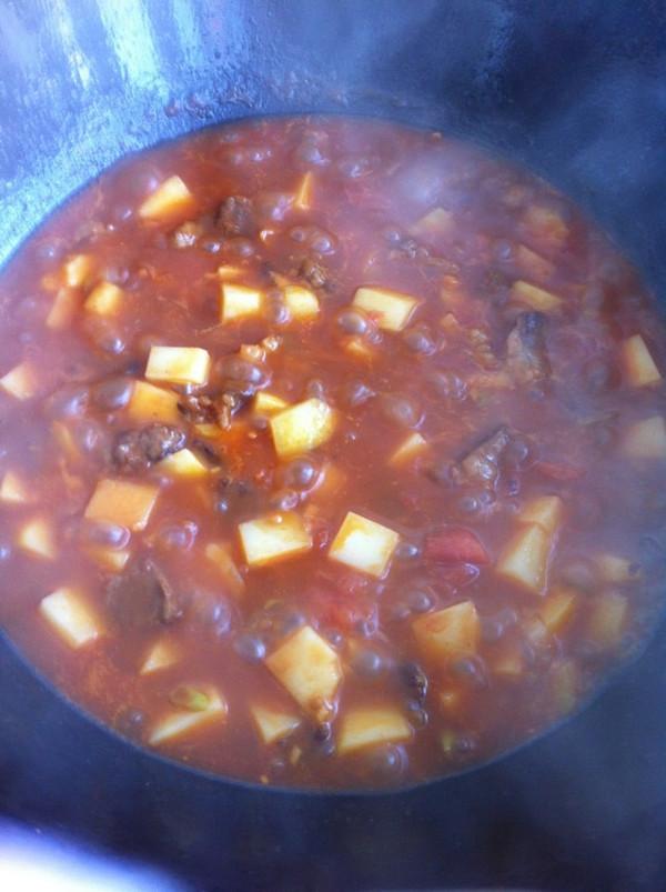 西红柿牛腩土豆的做法