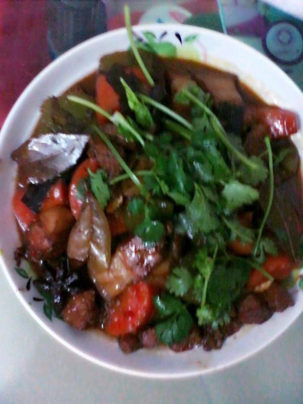 浓汁卤肉饭的做法