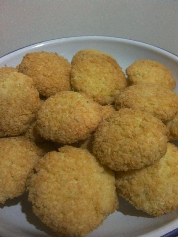 椰丝小饼干的做法