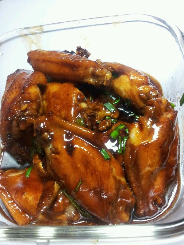 可乐鸡翅[简单到没下过厨也会做]的做法
