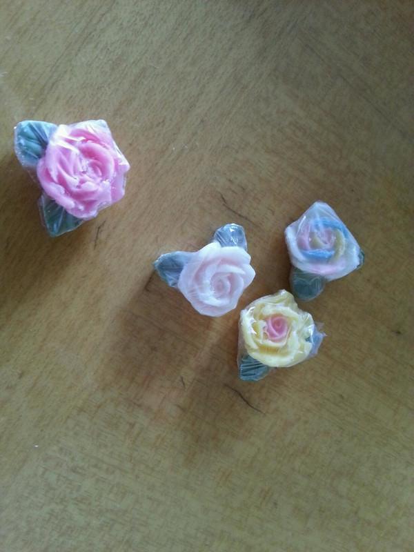 一朵永不凋谢的玫瑰花——巧克力玫瑰花的做法