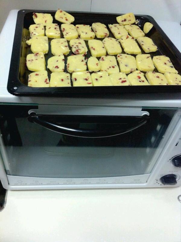 蔓越莓黄油饼干的做法