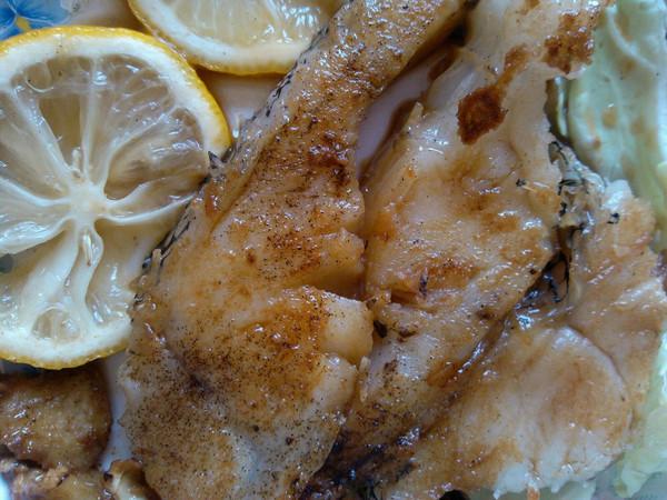 红酒柠檬煎鳕鱼的做法