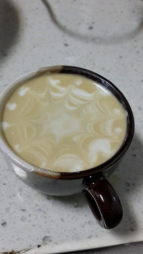 心形咖啡拉花的做法