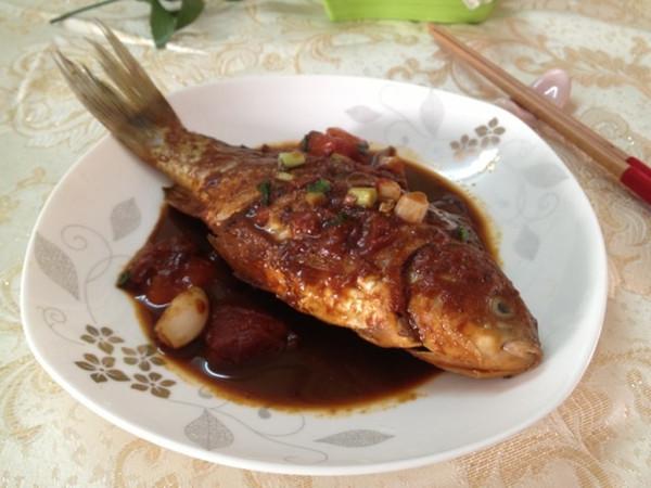 美丽厨娘-酥鲫鱼的做法