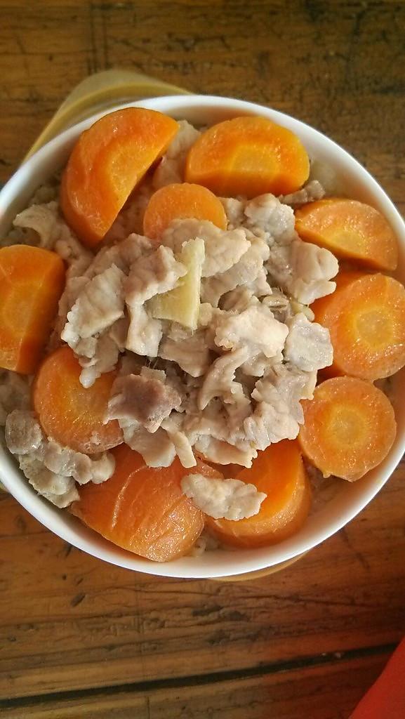 胡萝卜肉丝 比土豆丝好吃还有营养的做法