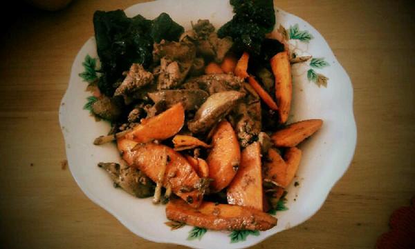 胡萝卜炒鸡肝的做法