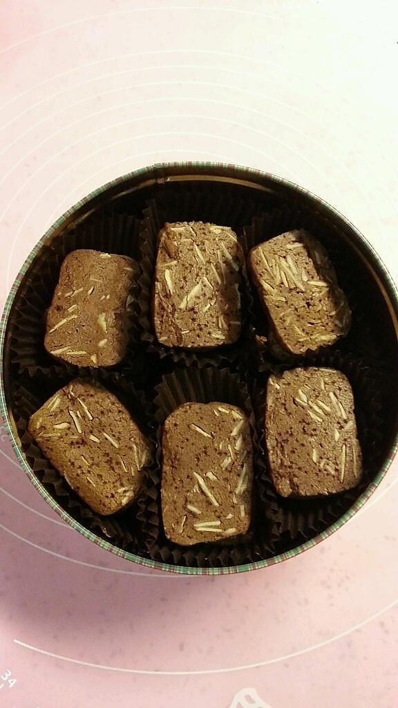 杏仁巧克力饼干的做法