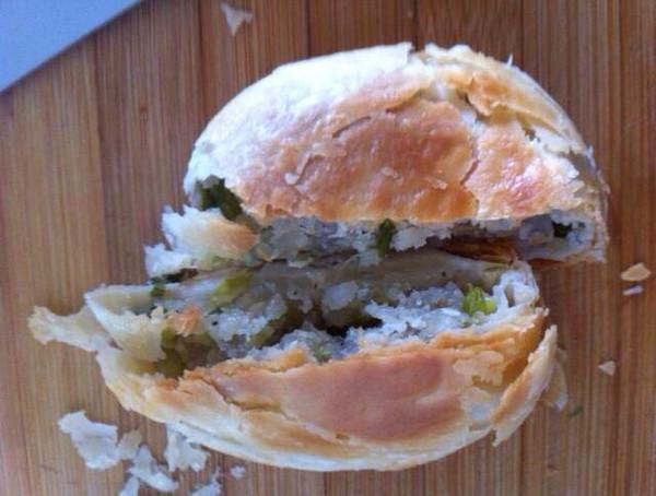 酥得一碰就掉渣儿的---葱油月饼(苏式月饼)的做法