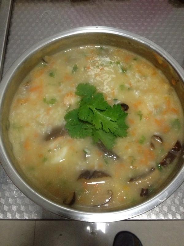 鲜虾粥——高压锅成就及其鲜美的海鲜粥的做法