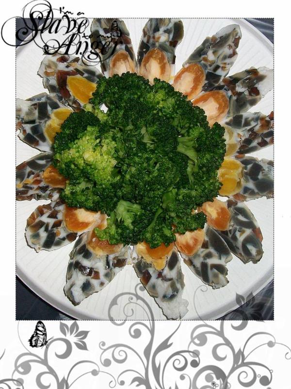 年夜餐桌冷盘~~玛瑙蛋的做法