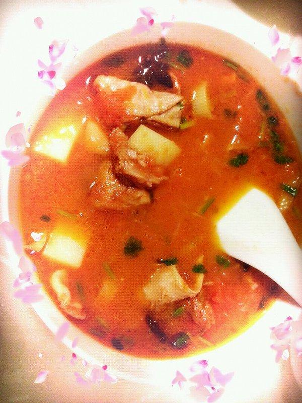 西红柿土豆炖牛腩的做法