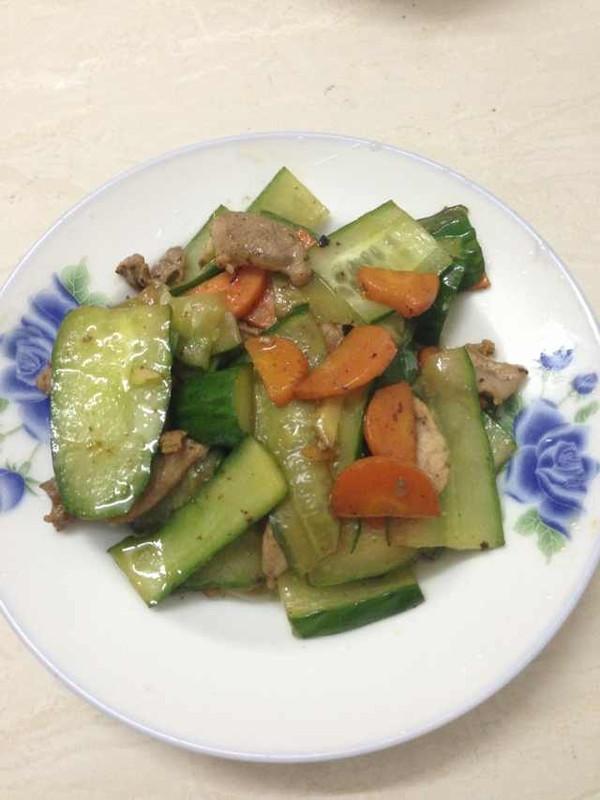 黄瓜炒肉片的做法