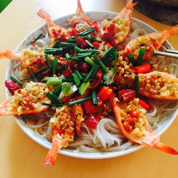 蒜蓉粉丝开背虾的做法