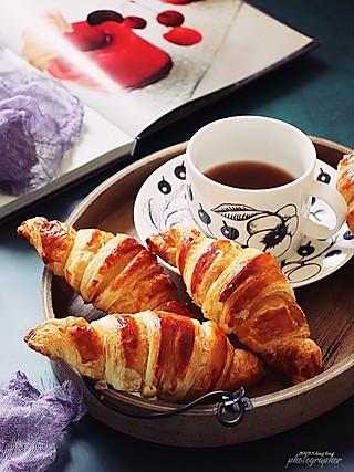 lingling玲食-亲子烘焙组的法式羊角面包~可颂