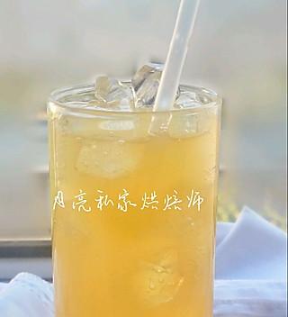 月亮私家烘焙师的#资深营养师#小白也能5分钟搞定的健康无添加剂的水果饮料梨汁