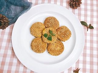 膳美食记的和孩子一起做莲蓉南瓜饼是件幸福的事儿