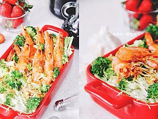 多来一碗也能行的不用切菜,只需要洗一次锅的海鲜酱油炒饭🍥