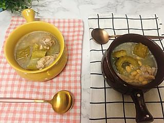💦清热解毒润燥的黄豆龙骨苦瓜汤