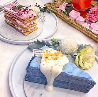 嘿嘿嘿嘿嘿哦的超高颜值的甜品,美炸你的少女心!!超级超级好吃的蓝色蛋糕~