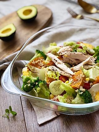 小拉的小可乐儿的藜麦鸡胸肉沙拉🥗|低卡路里高蛋白